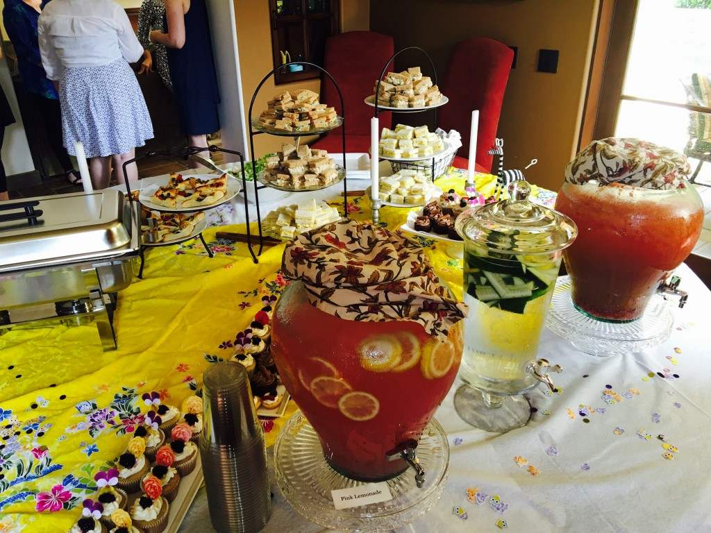 Baby Shower Beverage Station